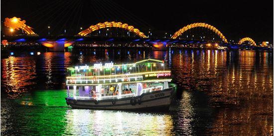 Du Thuyền Trên Sông Hàn, Thưởng Thức Những Gì Đẹp Nhất Của Thành Phố Đà Nẵng